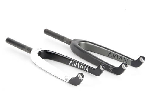 Avian Versus Youth Fork 20in