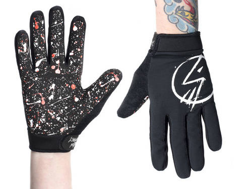 The Shadow Conspiracy Claw Glove